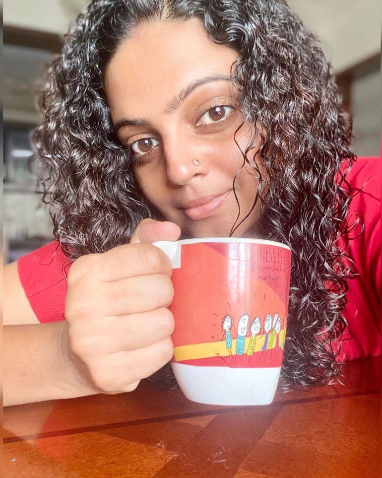 Aswathy Sreekanth Wiki, Age, Biography, Movies, Serial, and Beautiful Photos 117