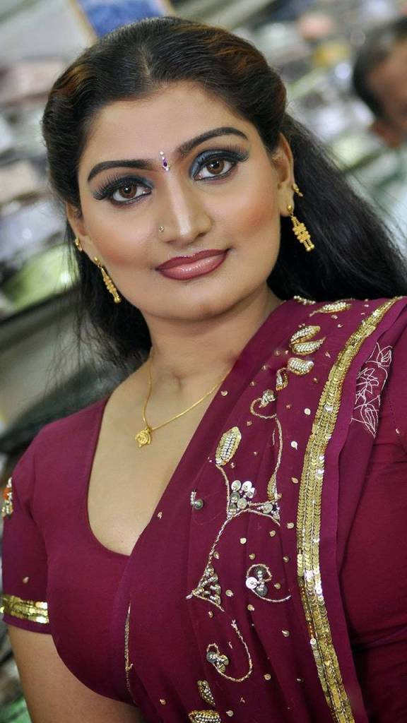Check out this Popular South Indian B-Grade Glamorous Actresses 128