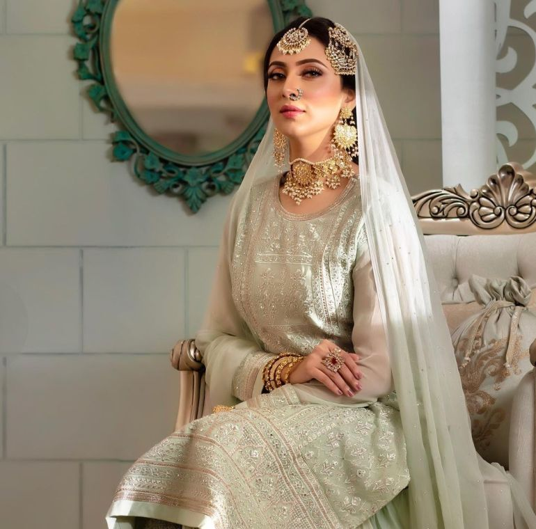 Bidya Sinha Saha Mim Gorgeous Photos, Wiki, Age, Biography, and Movies 123