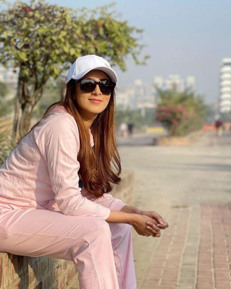 Bidya Sinha Saha Mim Gorgeous Photos, Wiki, Age, Biography, and Movies 125