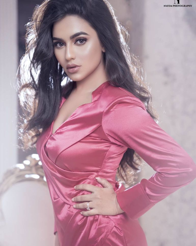 Nusraat Faria Mazhar Gorgeous Photos, Wiki, Age, Biography, and Movies 112