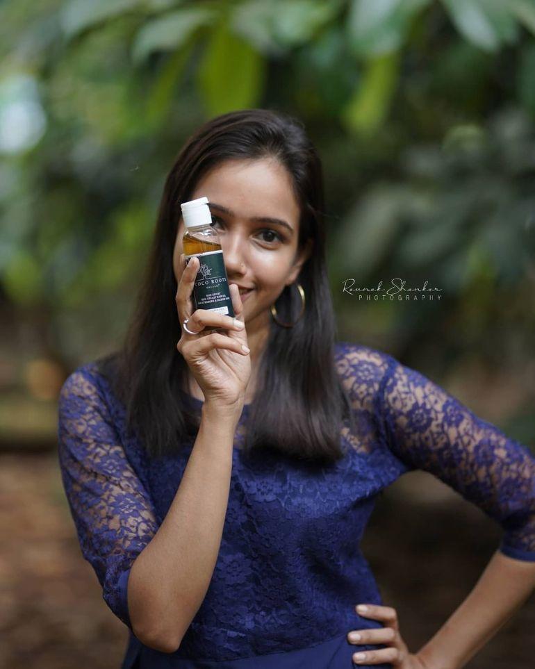 "Parvathy Das ""Thatmallucassy"" Wiki, Age, Biography, Web series, and Beautiful Photos 115"
