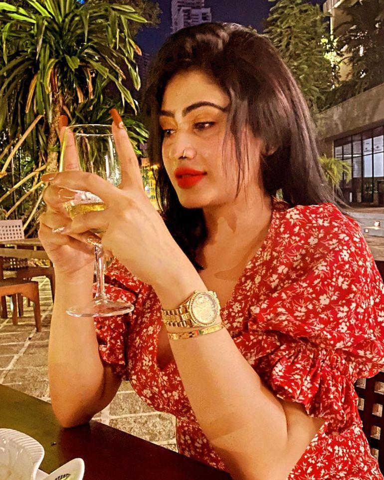 Piumi Hansamali Wiki, Age, Biography, Movies, and Stunning Photos 126