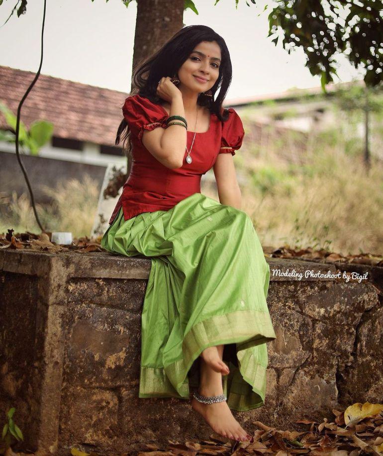 Ranjita Menon Bio, Age, Wiki, Height, Movies, and beautiful Photos 112