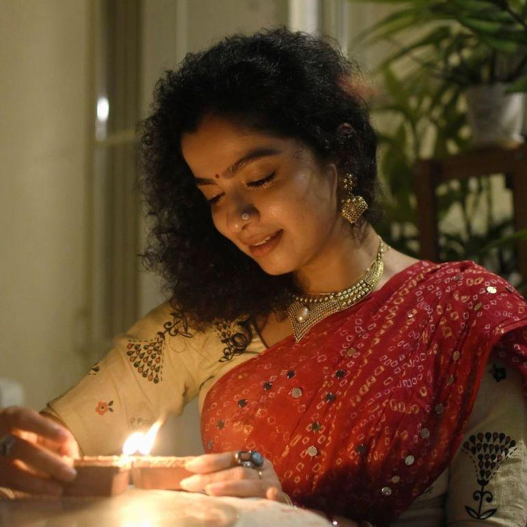 Ranjita Menon Bio, Age, Wiki, Height, Movies, and beautiful Photos 100