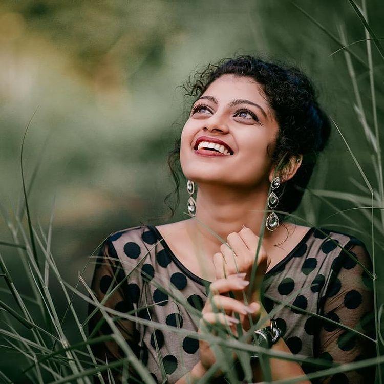 Shruthi Rajanikanth Wiki, Age, Biography, Serial, web series, and Gorgeous Photos 104