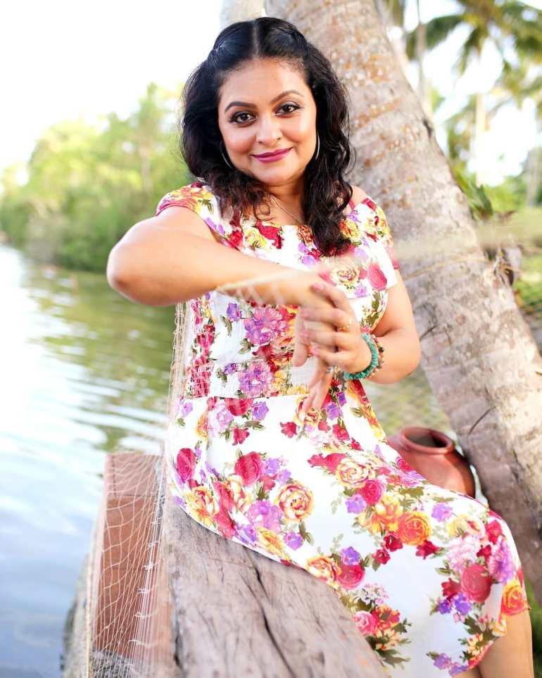 Sabitta George ( Chakkapazham Serial fame) Wiki, Age, Biography, Serial, Movies, and 27+ Beautiful Photos 118