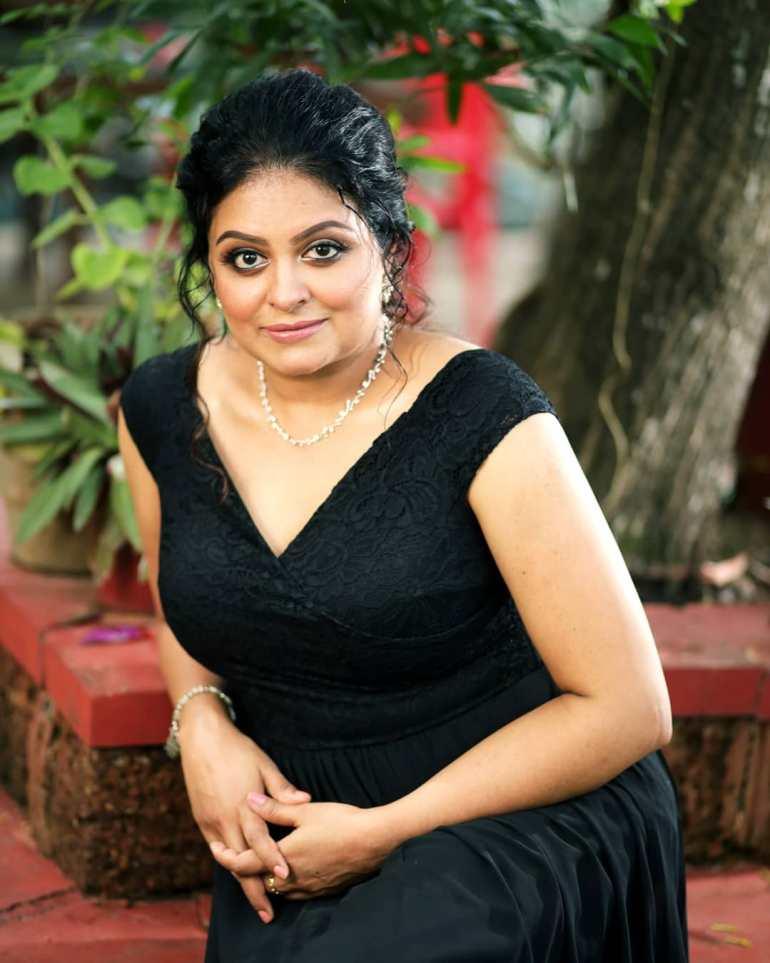 Sabitta George ( Chakkapazham Serial fame) Wiki, Age, Biography, Serial, Movies, and 27+ Beautiful Photos 104