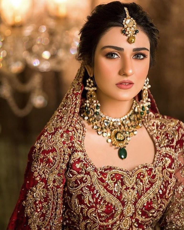 Sarah Khan (Pakistani Actress) Wiki, Age, Biography, Movies, and 21+ Gorgeous Photos 99