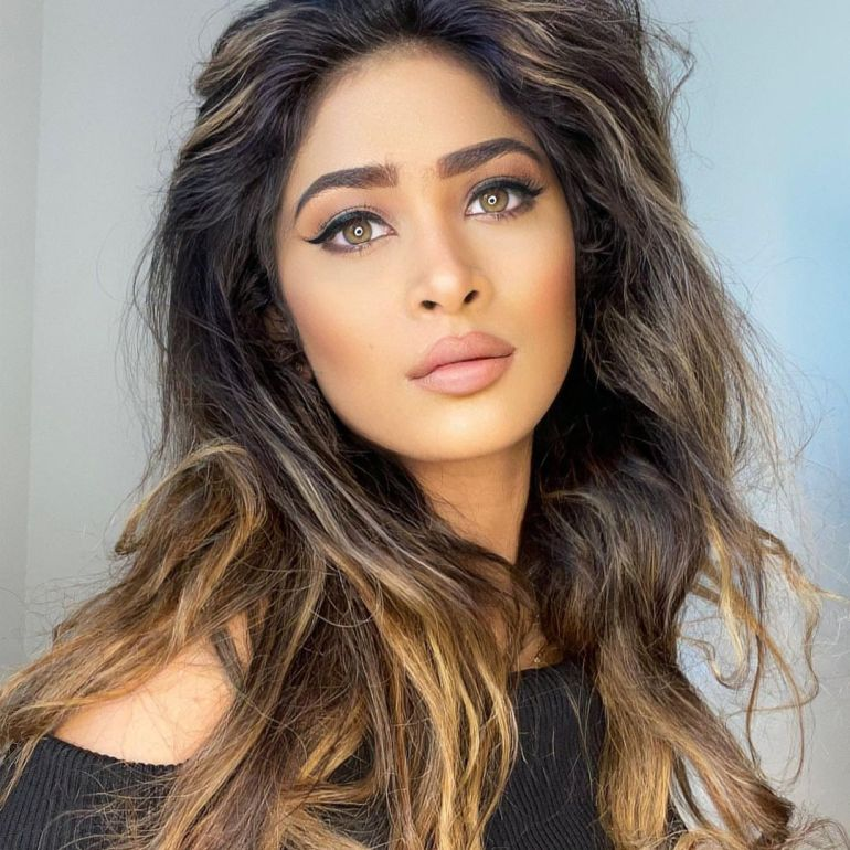 Anarkali Akarsha Wiki, Age, Biography, Movies, and +21 Gorgeous Photos 109
