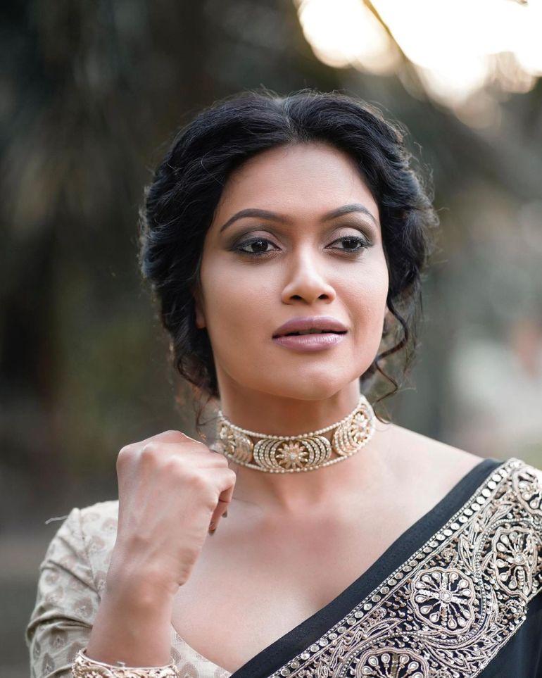 Chulakshi Ranathunga Wiki, Age, Biography, Movies, and 24+ Gorgeous Photos 118