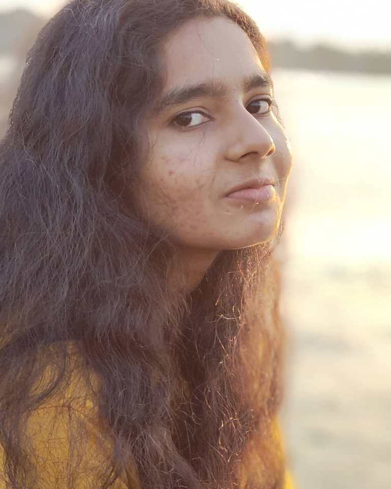 Lakshmi Unnikrishnan (Chakkapazham fame) Wiki, Age, Biography, Movies, and Beautiful Photos 128