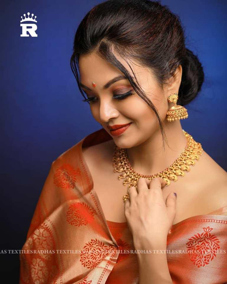 Soorya J Menon ( Malayalam Big Boss Contestant) Wiki, Age, Biography, and Beautiful Photos 125