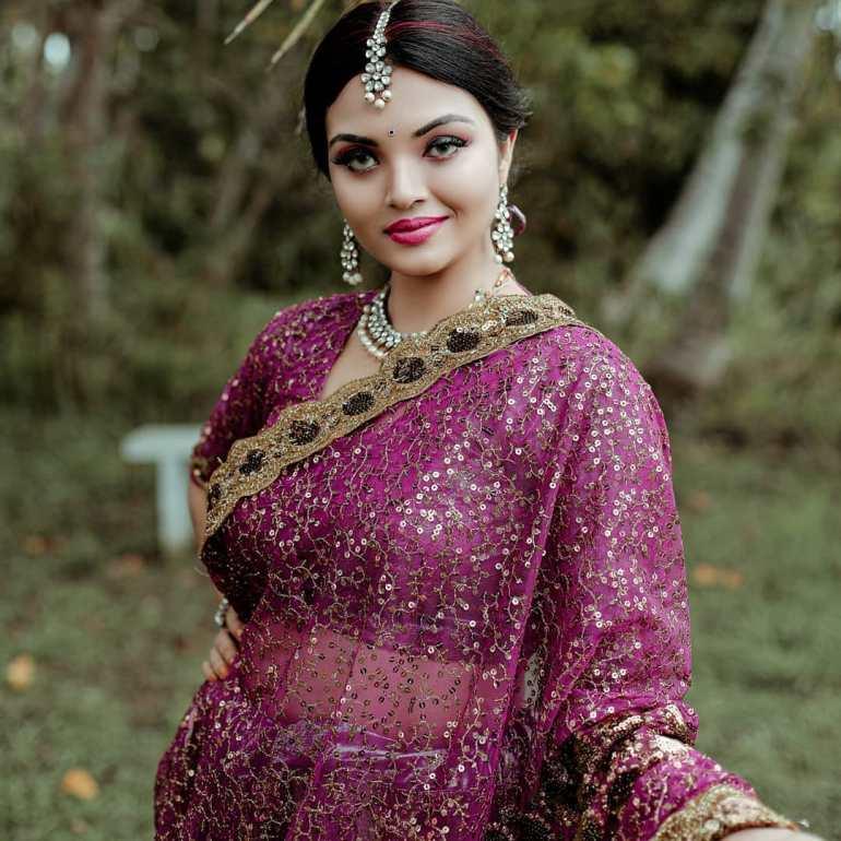 Soorya J Menon ( Malayalam Big Boss Contestant) Wiki, Age, Biography, and Beautiful Photos 110