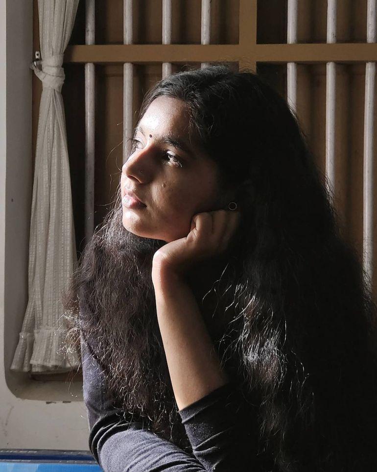 Lakshmi Unnikrishnan (Chakkapazham fame) Wiki, Age, Biography, Movies, and 33+ Beautiful Photos 130