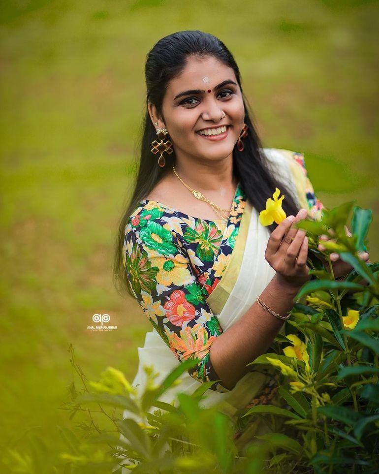 Aami Ashok Wiki, Age, Biography, Movies and Beautiful Photos 114