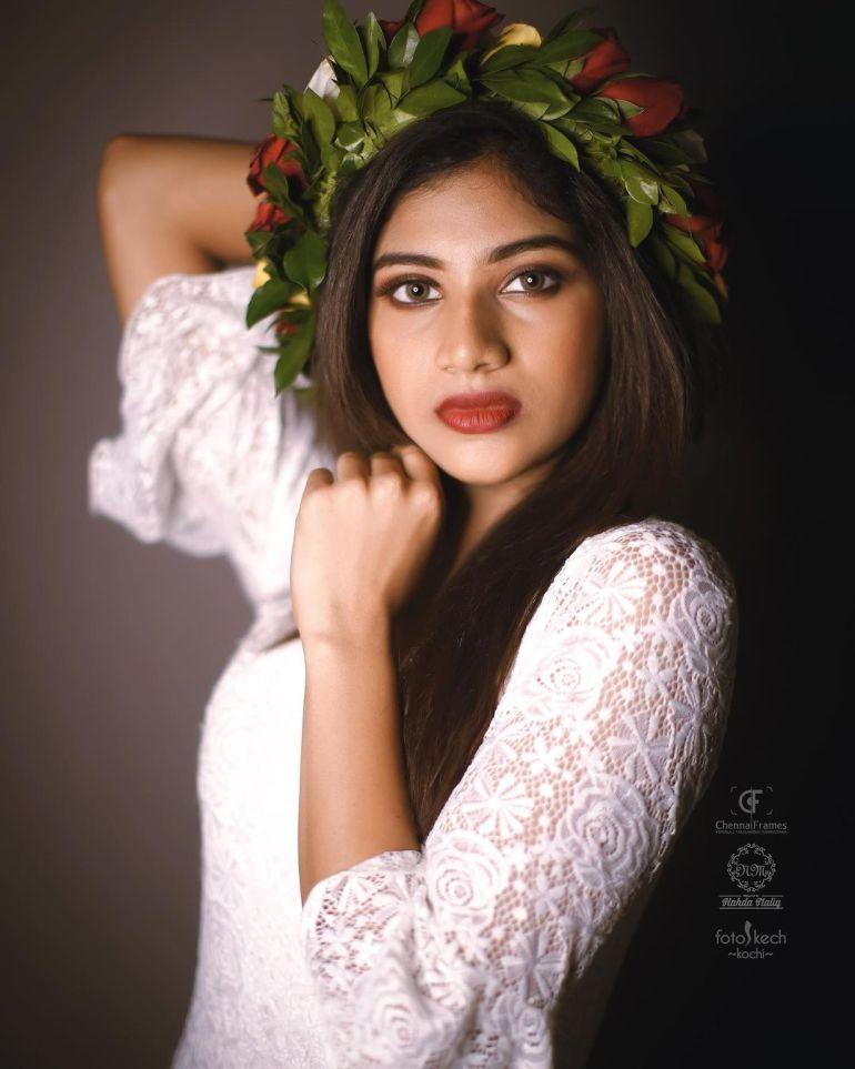 Ann Sindhu Johny Wiki, Age, Biography, Net worth, and 24+ Beautiful Photos 103