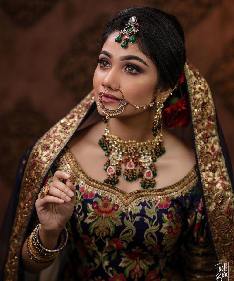 Jasnya Jayadeesh Wiki, Age, Biography, Net worth, and 18 + Beautiful Photos 113