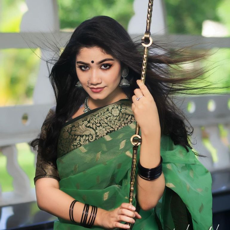 Jasnya Jayadeesh Wiki, Age, Biography, Net worth, and 18 + Beautiful Photos 101