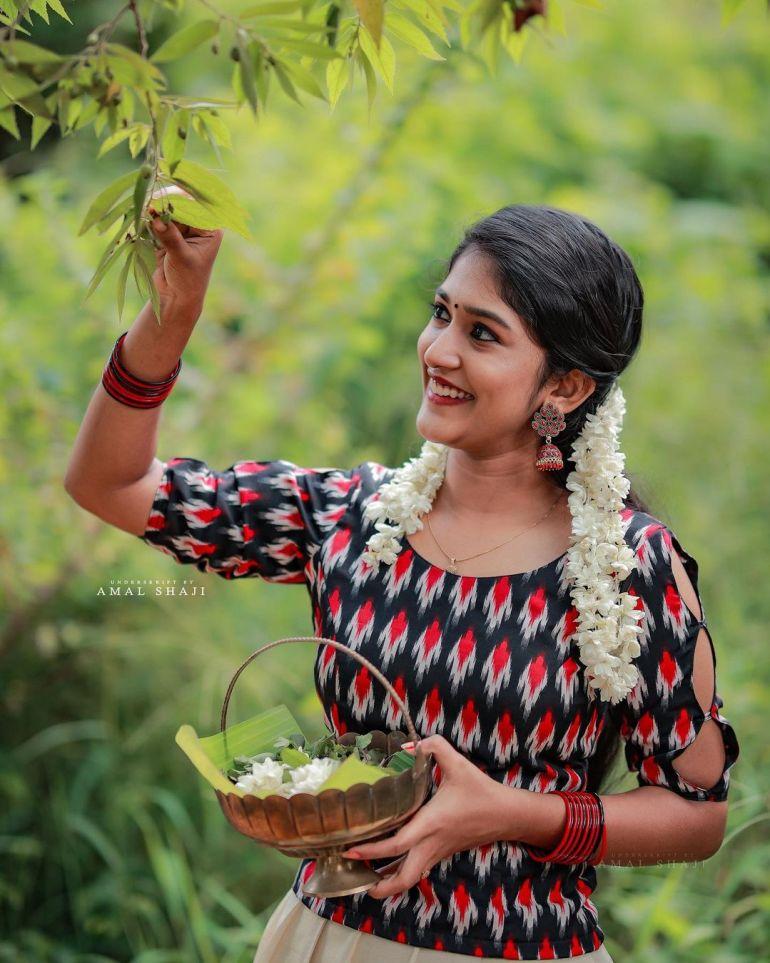 Kalyani Anil Wiki, Age, Biography, Net worth, and 21 + Beautiful Photos 111