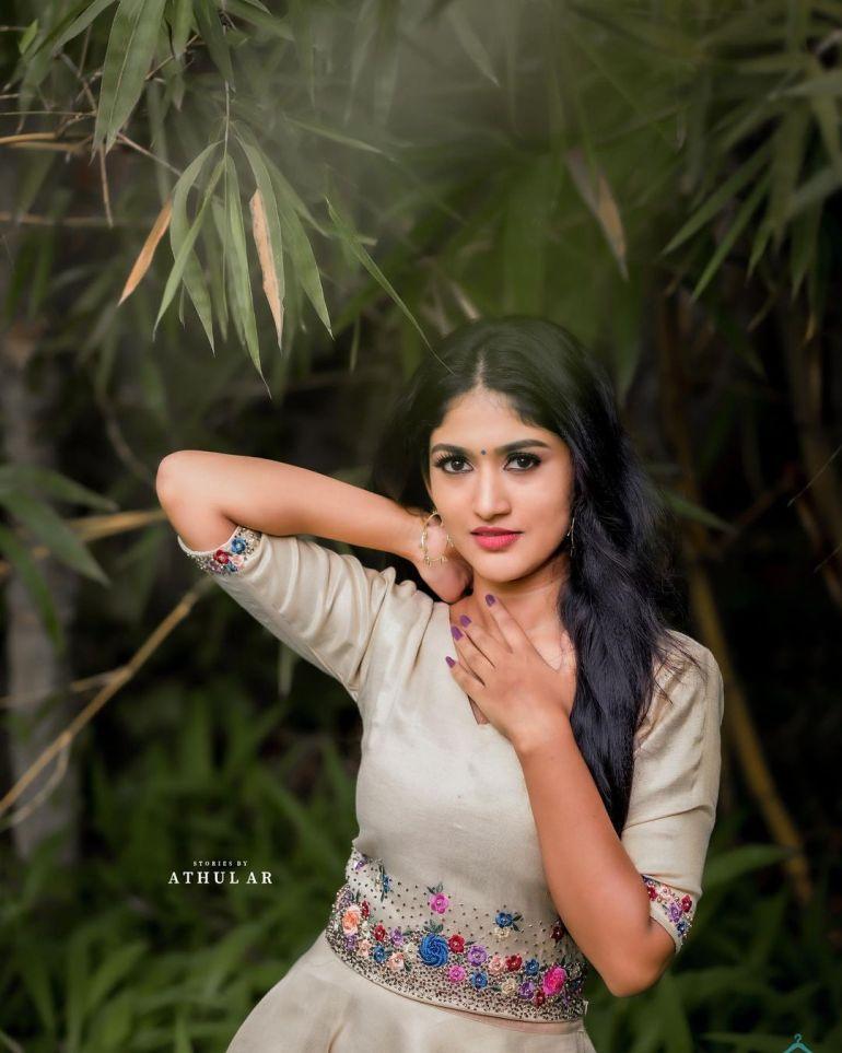 Kalyani Anil Wiki, Age, Biography, Net worth, and 21 + Beautiful Photos 115