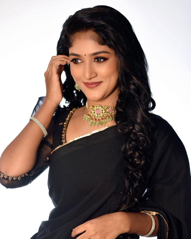 Kalyani Anil Wiki, Age, Biography, Net worth, and 21 + Beautiful Photos 102