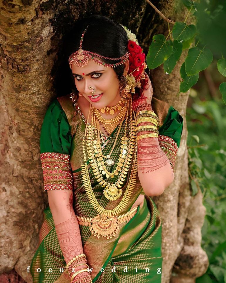 Nayana Variyath Wiki, Age, Biography, Net worth, and 18 + Beautiful Photos 106