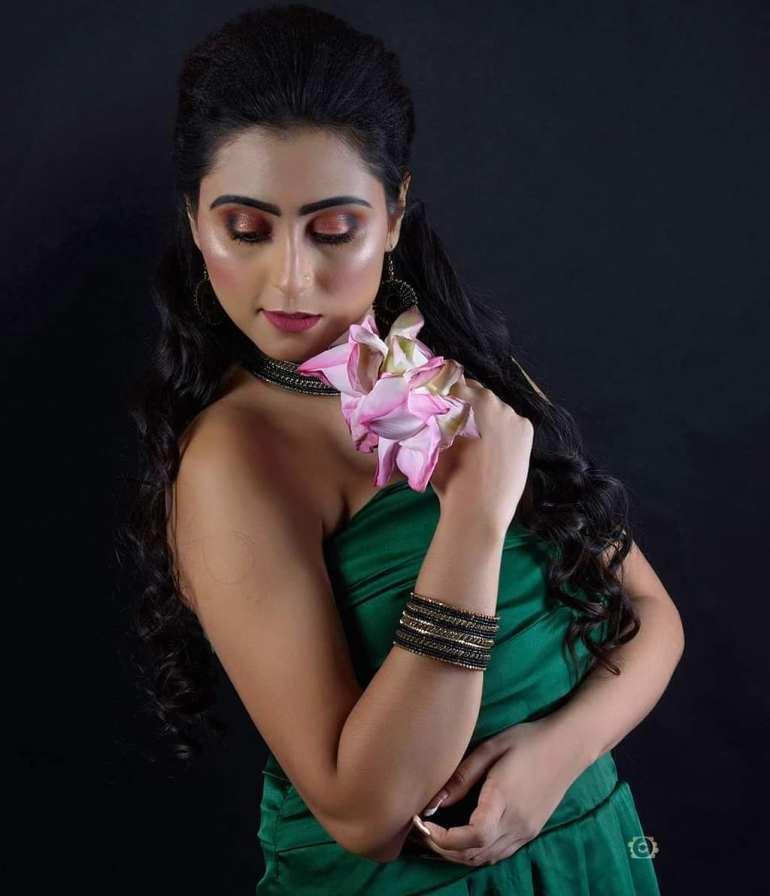 Bengali Model Priya Chakraborty Wiki, Age, Biography, Movies, and 36+ Beautiful Photos 132