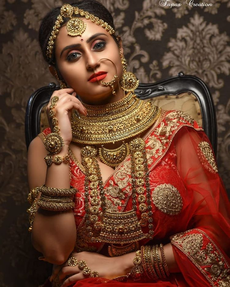 Bengali Model Priya Chakraborty Wiki, Age, Biography, Movies, and 36+ Beautiful Photos 113