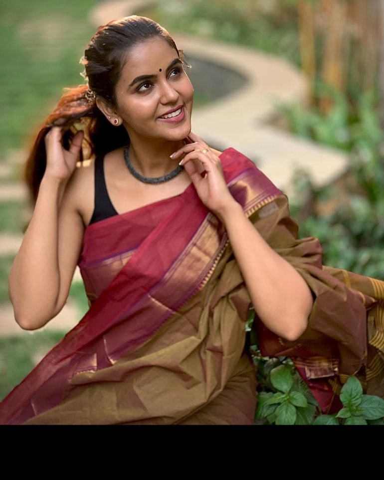 Chaitra Reddy Wiki, Age, Biography, Movies, and 24+ Beautiful Photos 118