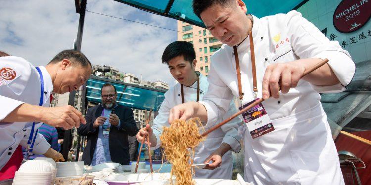 Decorre este fim de semana em Macau, junto aos Lagos Nam Van, o Forum Internacional de Gastronomia, uma demonstração culinária das cidades creativas da gastronomia da Unesco. 19 de janeiro de 2019, Macau. (ACOMPANHA TEXTO DE 20 DE JANEIRO DE 2019)  CARMO CORREIA/LUSA