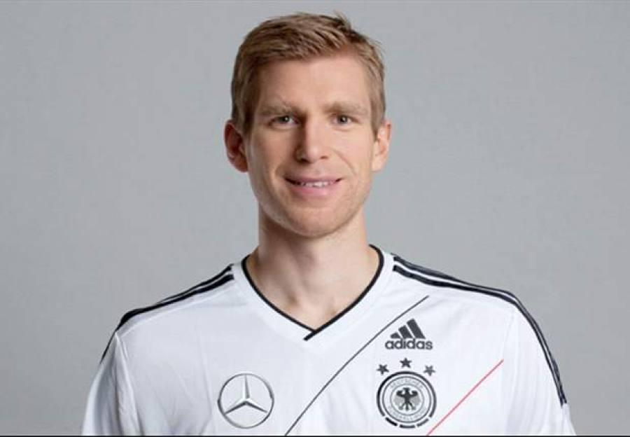 """... declarou no site oficial da Federação Alemã de Futebol que """"…nunca  estivemos tão bem como agora porque em todas as posições do time há dois  jogadores de ... 3cfd9c59a8215"""