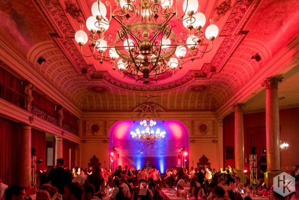 Ballsaal in Brauhaus Watzke mit Beleuchtung