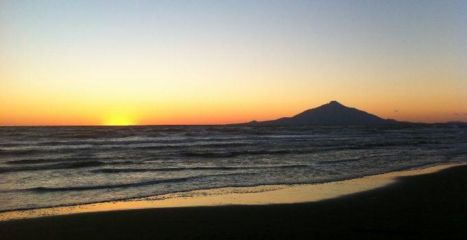 【豊富町】オロロンラインからの利尻富士の景色