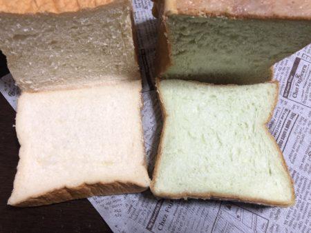 カットした食パンとめろん食パン