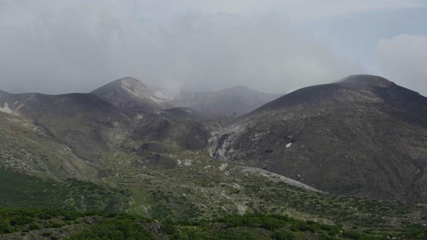 十勝岳・噴火口方面