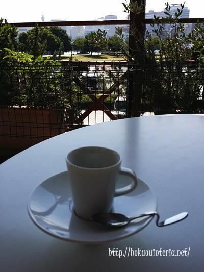 赤レンガ倉庫のカフェ