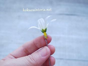 100均造花のライラックで花冠