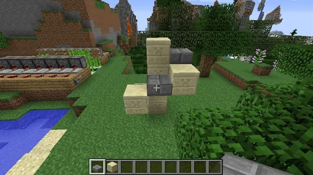 How to Make a Spiral Staircase in Minecraft