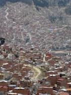 Einsichten ins Strassengewirr - Aufstieg aus La Paz