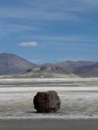 Salar de Surire -offensichtlich vulkanisch