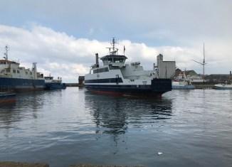 Færgen Orø forlader Assens efter en lille uge på værft. Foto: Orø-Holbæk Overfarten.