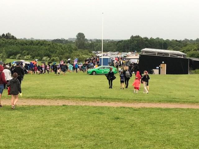DGI's idrætsstævne på fælleden er stoppet pga torden og lyn. Foto: Michael Johannessen.