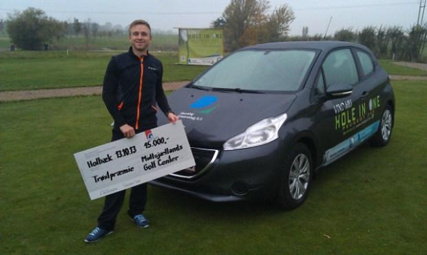 Michael Mølgaard fik chancen for at vinde en bil - men måtte nøjes med trøstepræmien på 15.000 kroner. PRfoto.