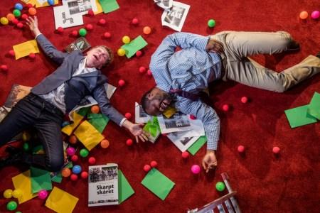 Nyhedsstrømmen kan få os til at blæse omkuld. Foto: Søren Meisner.