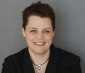 - Vi vil gerne være tilstede i bybilledet. Vi er et lokalt pengeinstitut, siger filialdirektør Maise Norlin. PR foto.