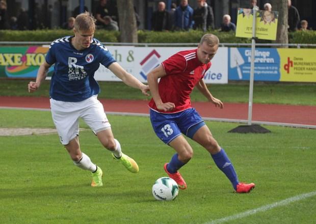 Det var en meget tæt kamp, da Holbæk B&I søndag eftermiddag spillede mod HIK. Foto: Rolf Larsen.