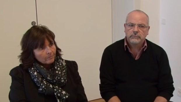 Steen Klink (th), der her ses sammen med Venstres Pernille Kruse under et interview om Holbæk Arena, forlader nu Socialdemokraterne.  Arkivfoto: Jesper von Staffeldt.