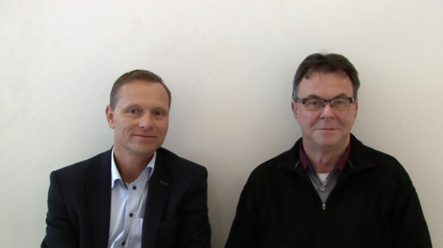 Holbaekonline.dk har mødt regionrådsmedlemmerne Peter Jacobsen (DF) og Nicolai Nicolaisen (Soc.) op til valget den 19. november. Foto: Jesper von Staffeldt.