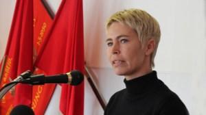 Måske er de røde faner det eneste, de kan blive enige om hos Socialdemokraterne. I hvertfald er flere medlemmer af byrådsgruppen i tvivl om projektet. Arkivfoto: Jesper von Staffeldt.